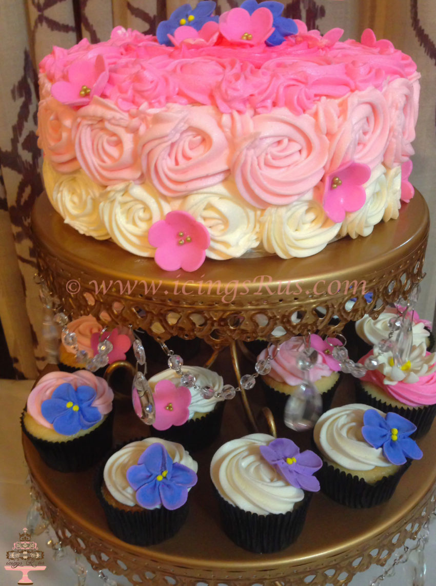 icingsRus-Buttercream-Swirl-and-Flower-Cupcakes