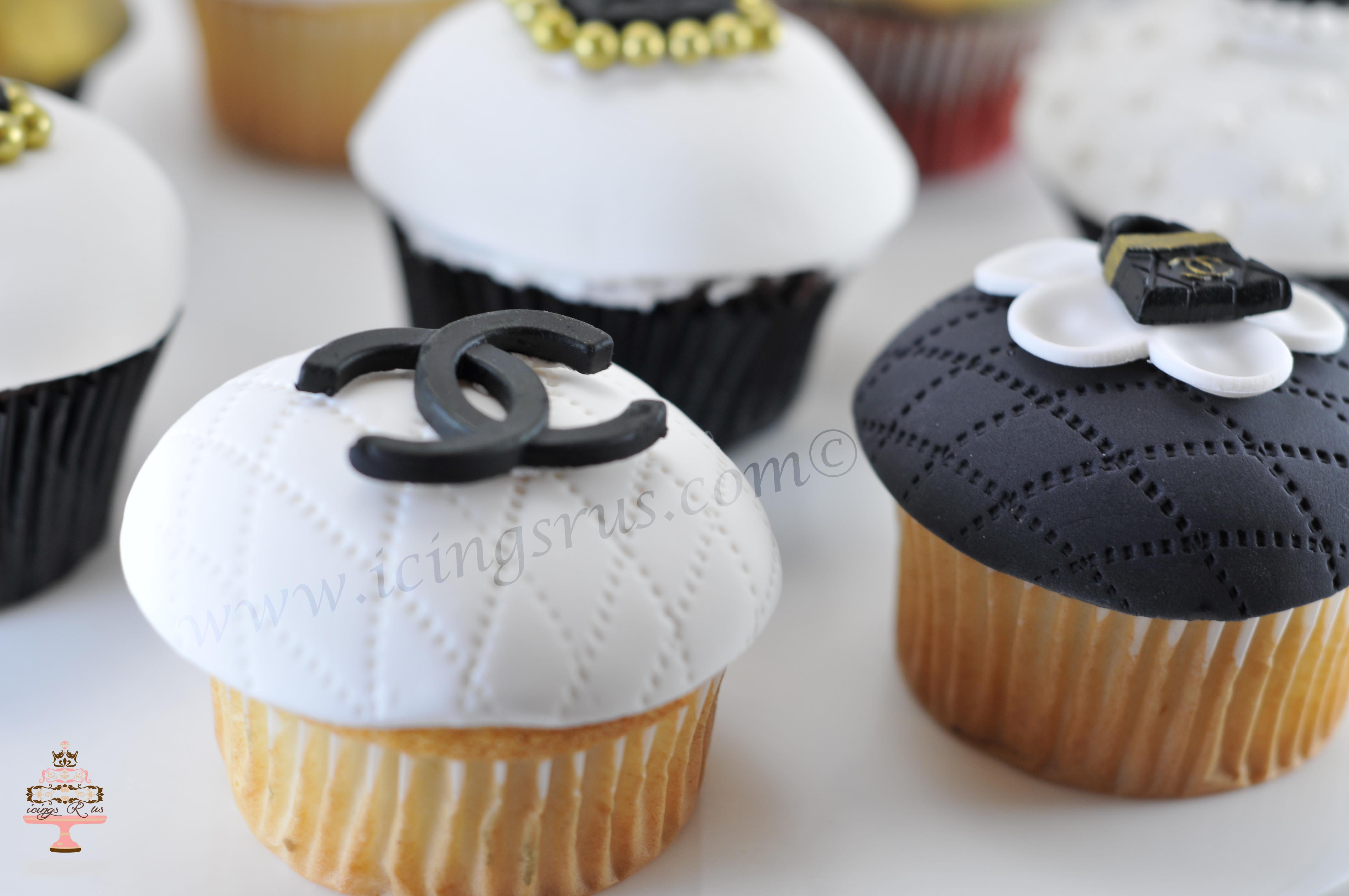 icings R us Chanel Cupcake Close Up