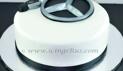 Birthday cake gallery icings r us for Mercedes benz cake design