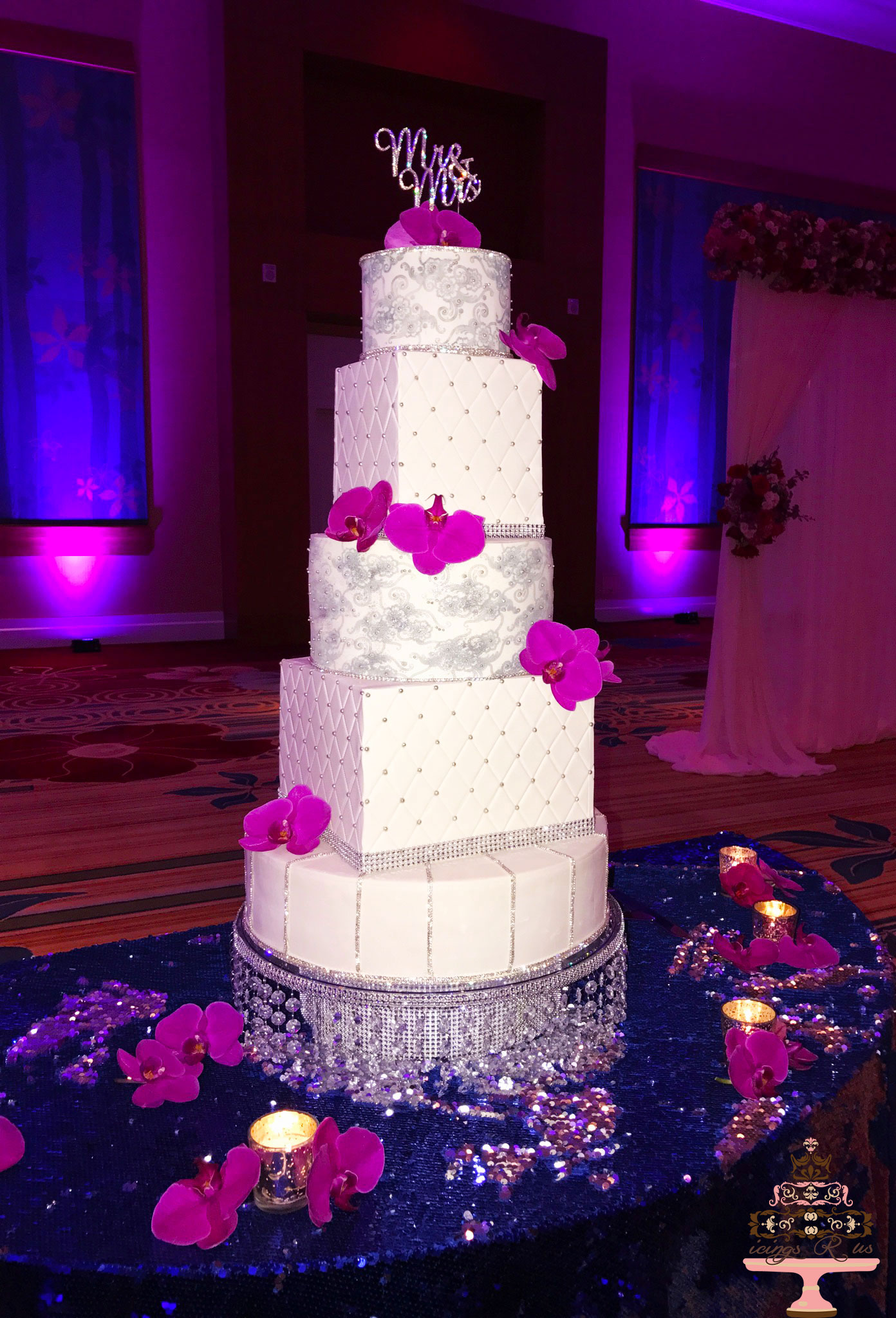 icingsrus-5-tier-sparkle-wedding-cake