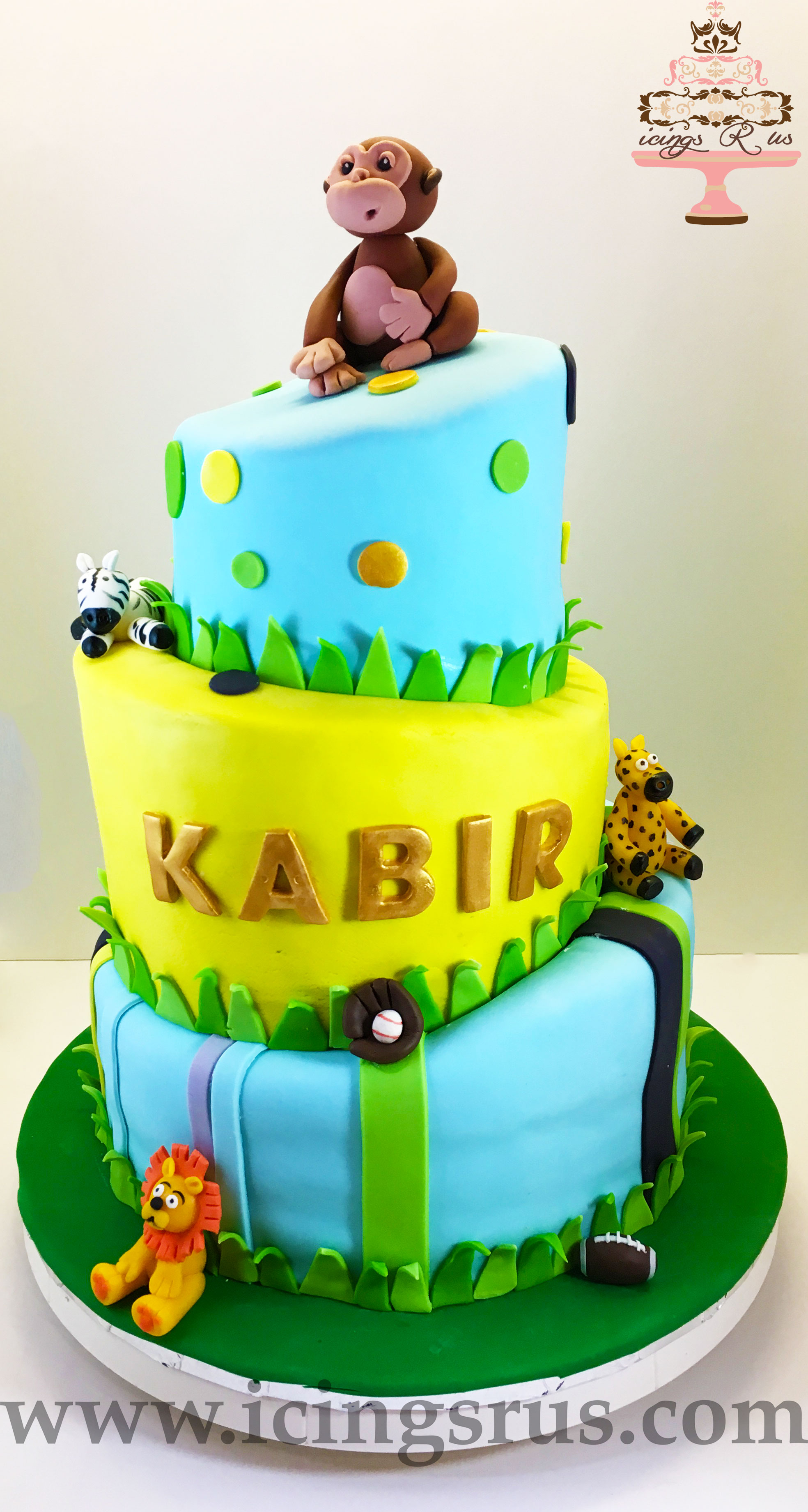 jungle-safari-animal-birthday-cake
