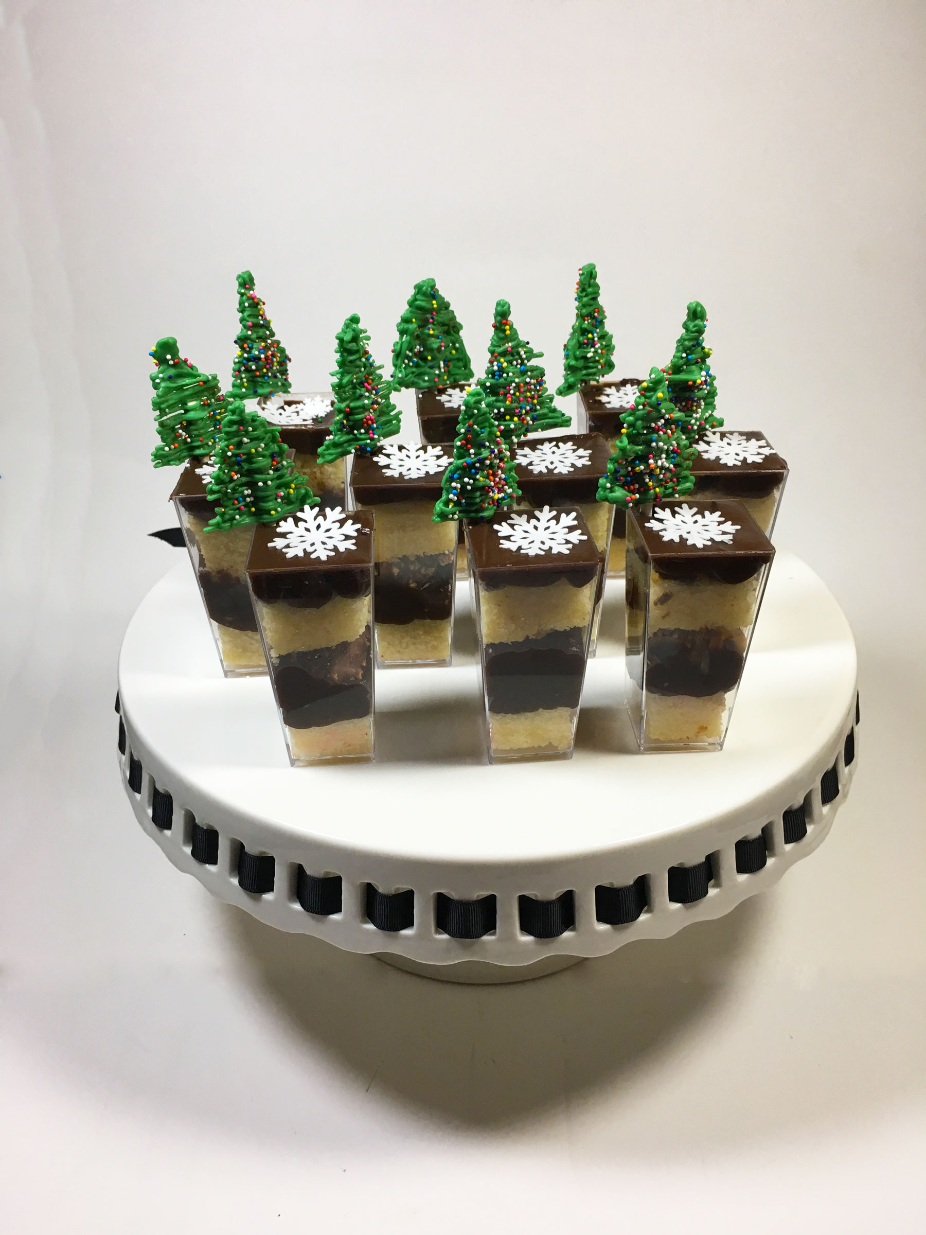 christmas-desserts-cups