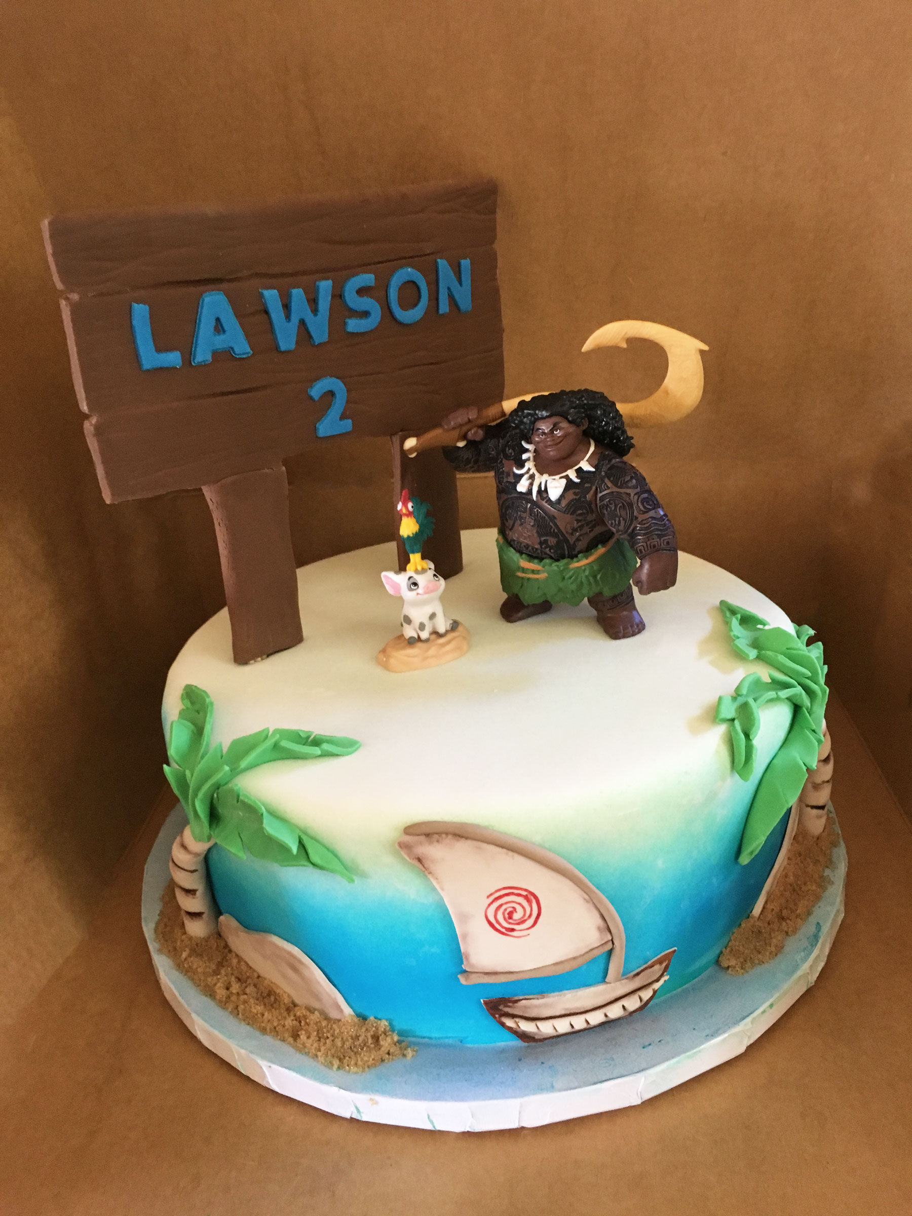 disney-moana-maui-hook-birthday-cake