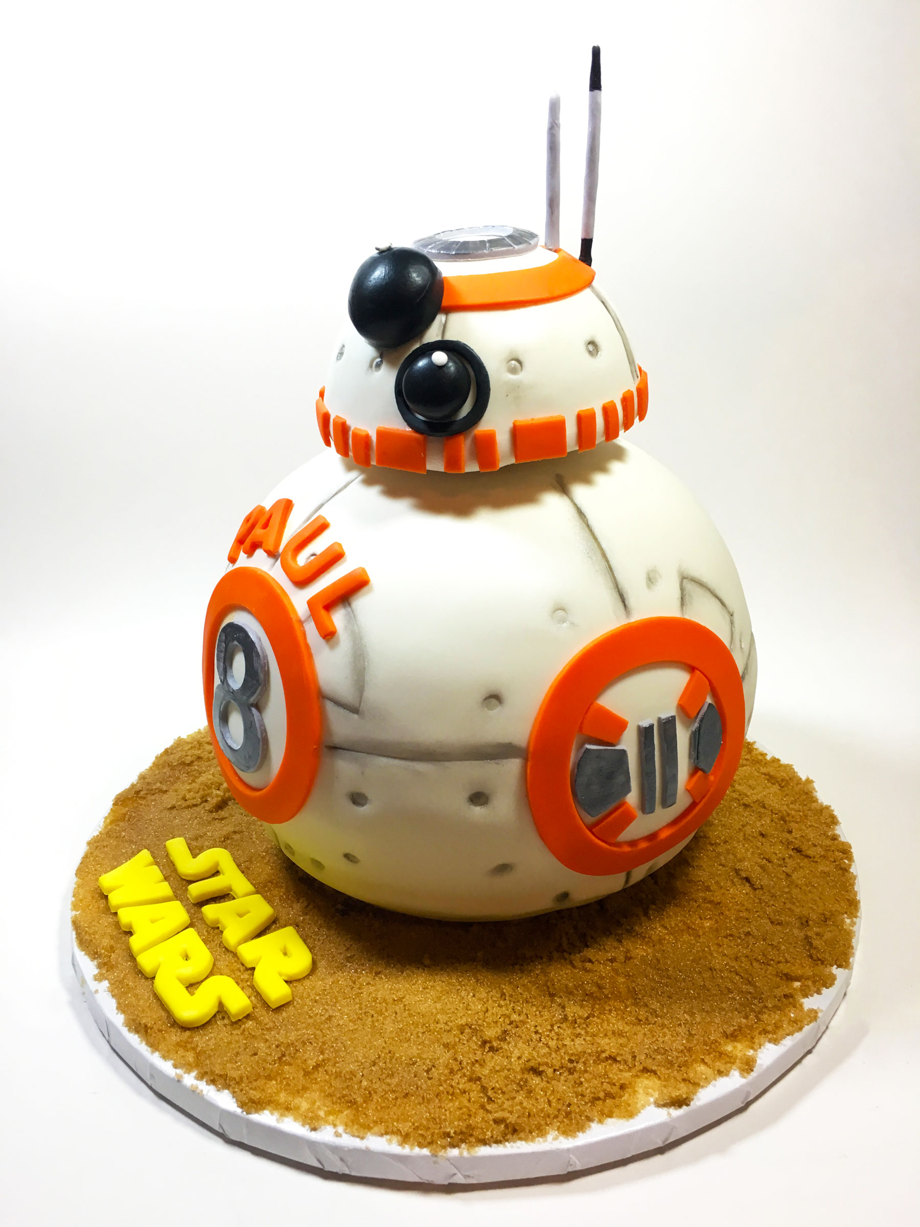 star-wars-bb8-cake
